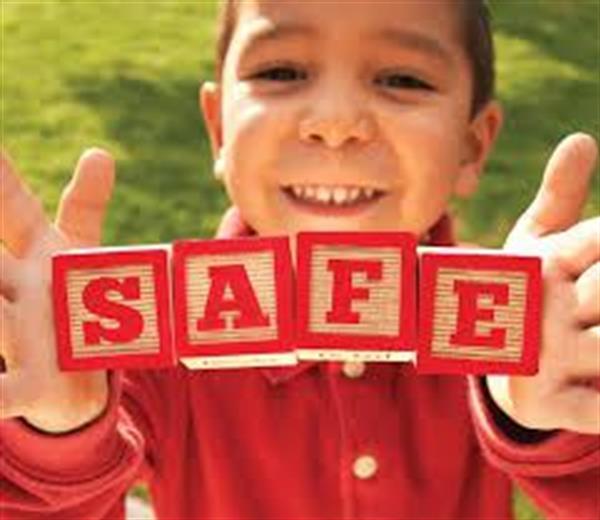 Polasaí Um Chumhdach Leanaí - Child Safe Guarding Statement